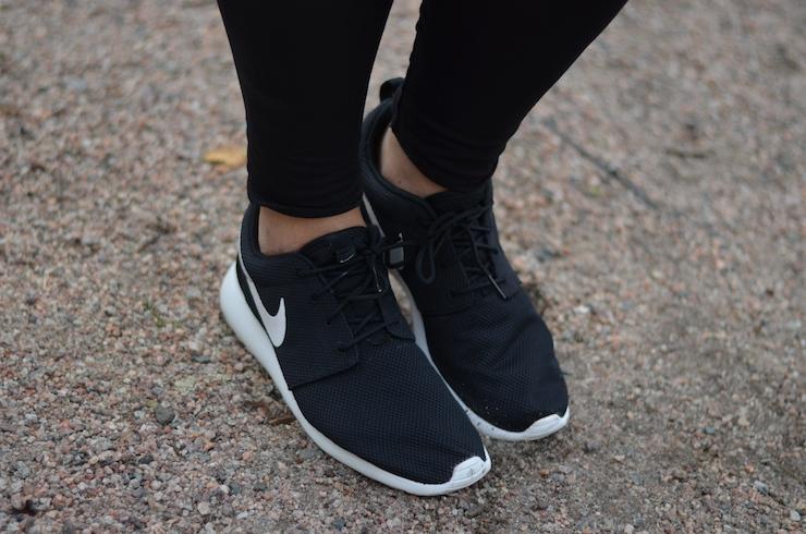 Nike Rosherun lenkkarit