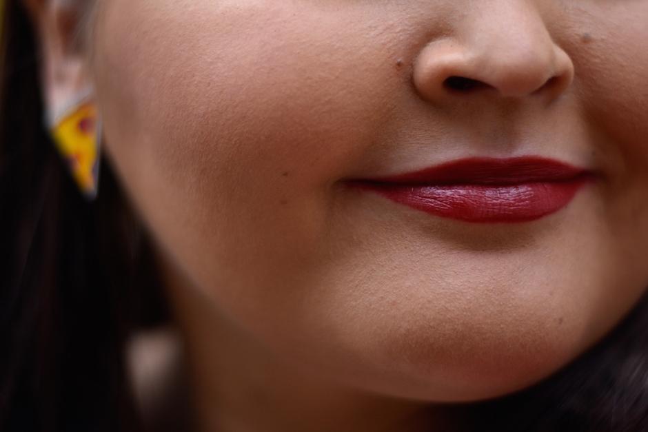 Mac Nose For Style huulipuna ja Lumiwau Pizza korvikset DSC_0759