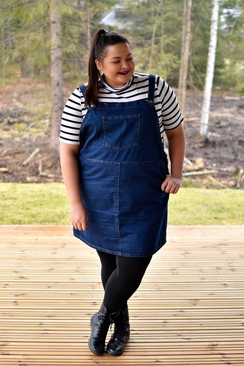 Plus size Denim Pinafore Dress DSC_0445