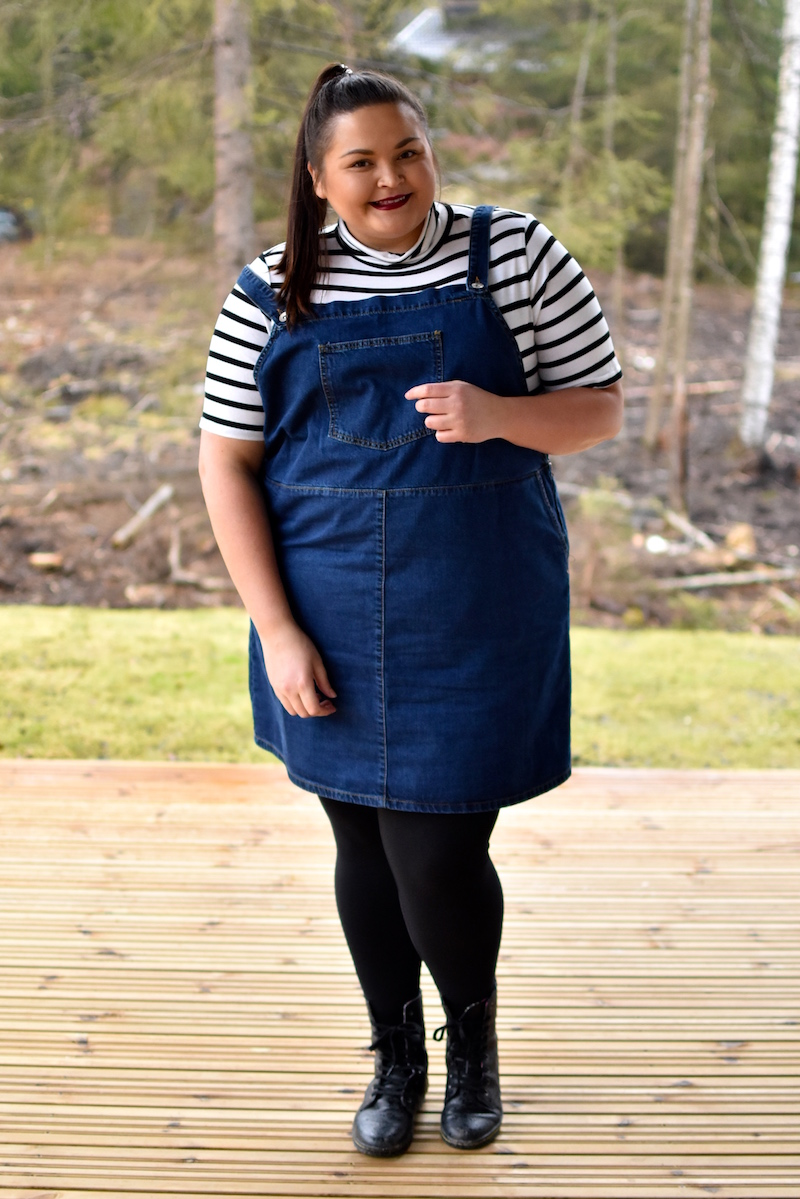 Plus size Denim Pinafore Dress DSC_0459