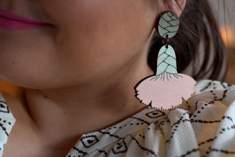 Poola Kataryna Neilikka Earrings