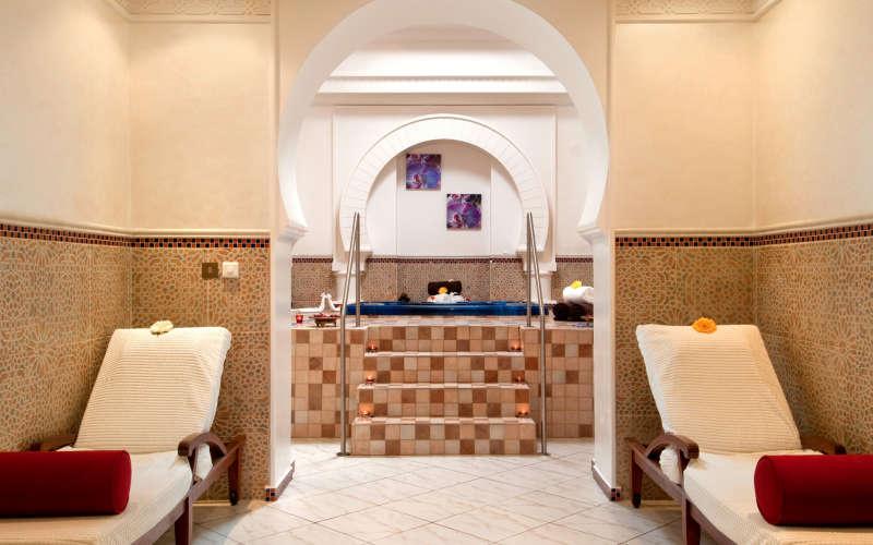 hilton-ras-al-khaimah-resort-ja-spa-39702807-1476187129-ImageGalleryLightbox